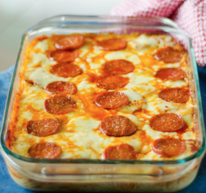 An easy recipe for baked pizza pasta!
