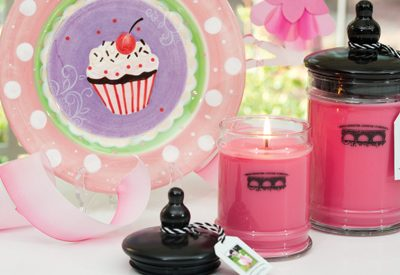 1 Candle Feeds 1 Child For 1 Day: giveaway